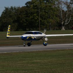 [Picture Album] 2011 Rough River CSA Canard Fly-In